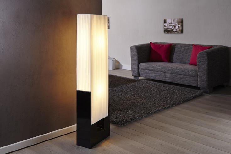 exclusive design stehlampe liana in wei riess. Black Bedroom Furniture Sets. Home Design Ideas