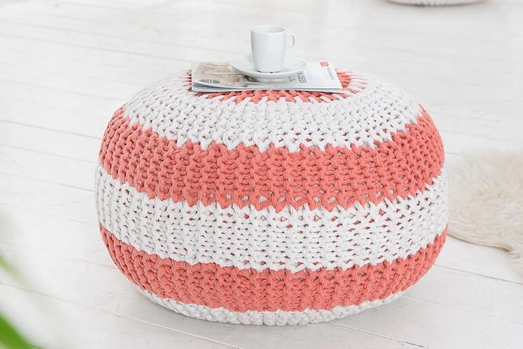 design strick pouf leeds koralle wei 50cm hocker baumwolle in handarbeit sitzkissen two tone. Black Bedroom Furniture Sets. Home Design Ideas