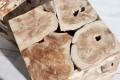 Massiver Baumstamm Couchtisch SQUARE aus Teakholz 45cm Würfel Hocker Beistelltisch