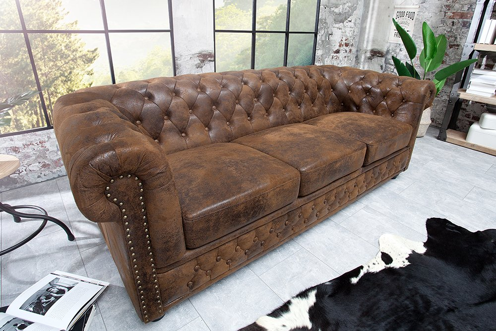 Edles chesterfield 3er sofa antik look knopfheftung for Couchtisch stylisch
