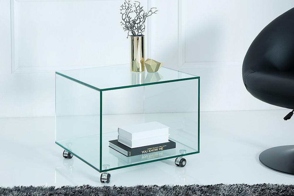 Extravaganter Glas Beistelltisch Ghost Cube Mit Rollen Transparent