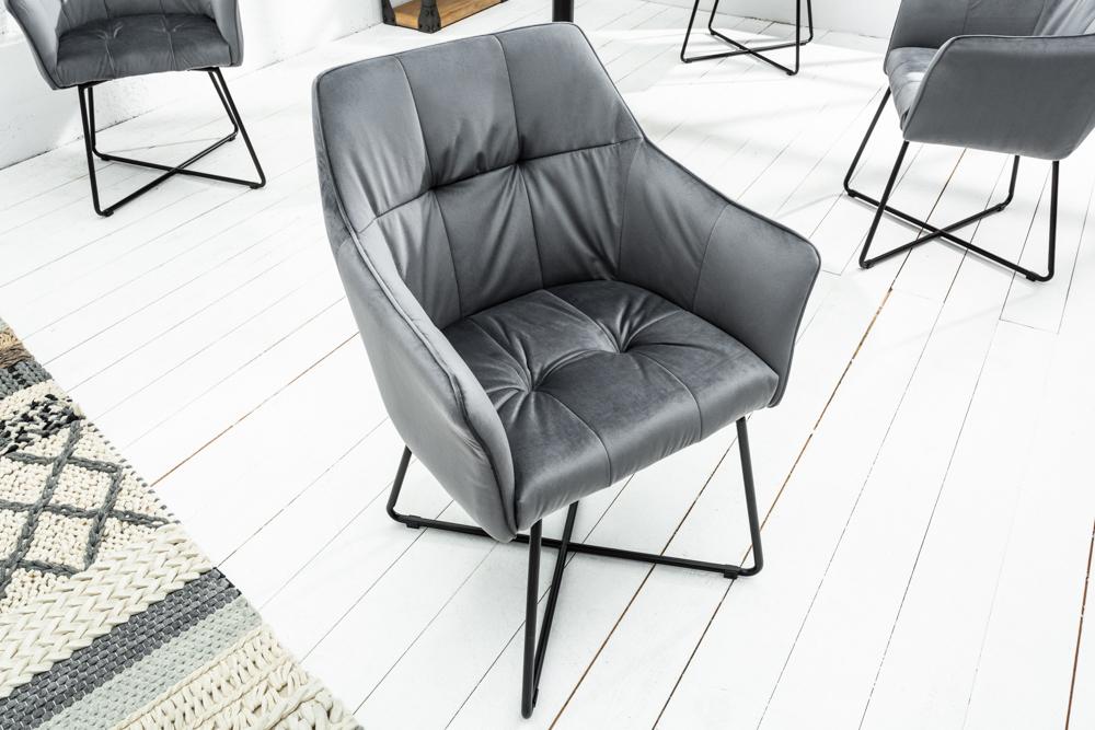 Exklusiver design stuhl loft samt silbergrau mit armlehne for Design stuhle mit armlehne