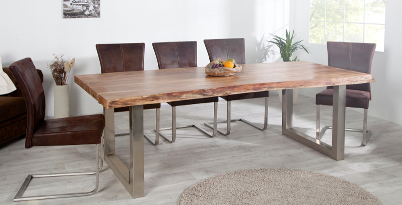 Massiver Baumstamm Tisch MAMMUT 160cm Akazie Massivholz Industrial Look Kufengestell