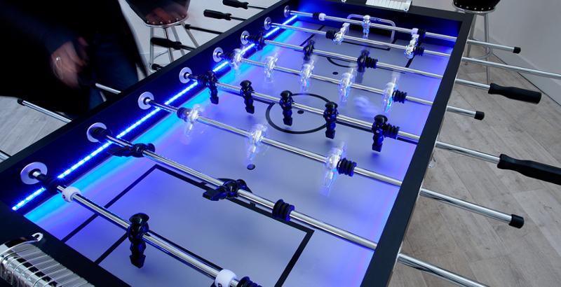 Profi Tischkicker SUPERNOVA schwarz silber Sonderedition inkl LED Beleuchtung blau